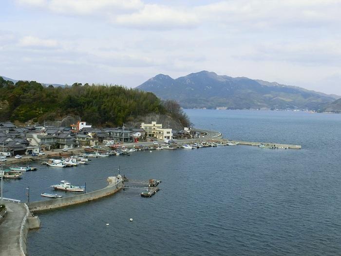 広島エギング(アオリイカ)ポイント 呉市 倉橋町鹿島 新子のアオリイカが日中も釣れるポイント!