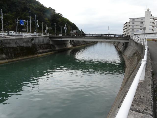 高知県ヒラメ釣りポイント 高知市 舟入川美術館通り