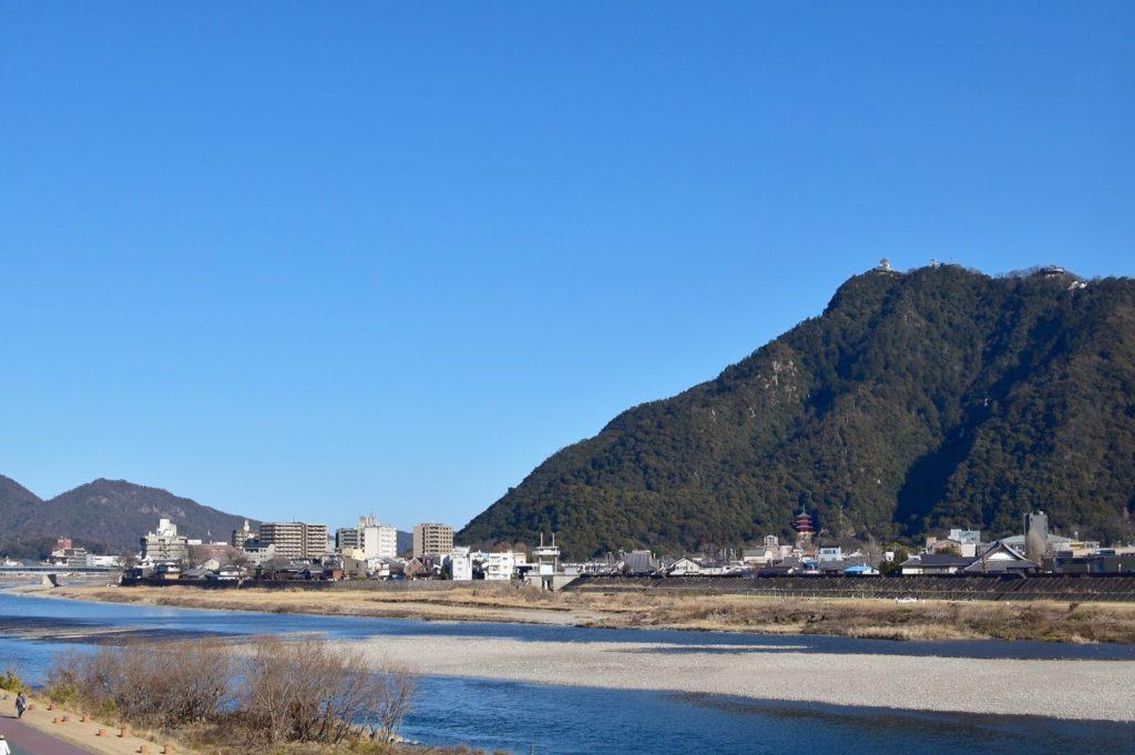 長良川 バス釣りポイント 10選! 攻略パターンを徹底解説!