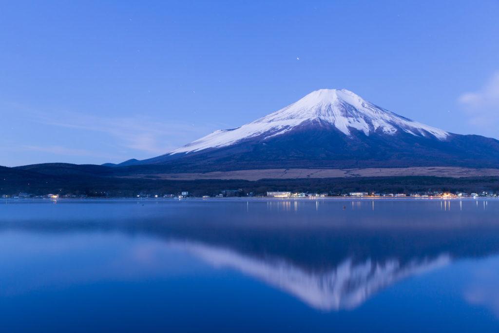 山中湖 バス釣りおかっぱりポイント7選! 広大なウィードエリアとボトム変化を狙うべし!