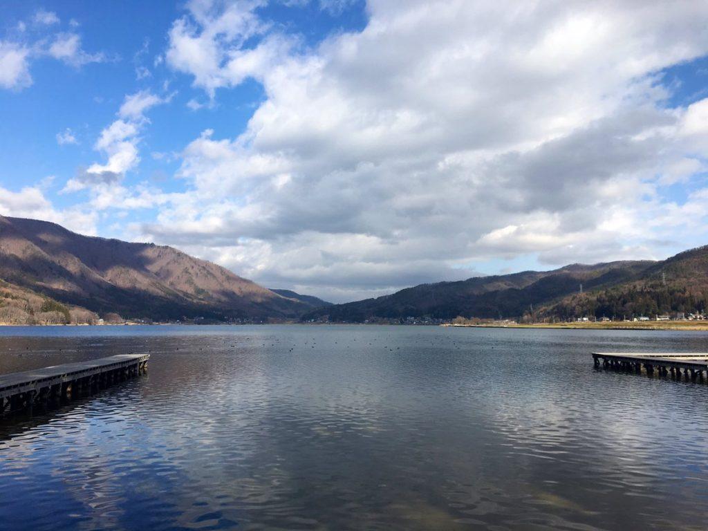 木崎湖 おかっぱりバス釣りポイント10選! ラージとスモールが混じるクリアレイク