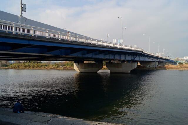 多摩川六郷橋シーバス釣りポイント シークレットルアーも紹介!